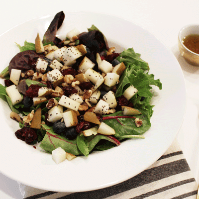 winter cranberry salad with candied pecans