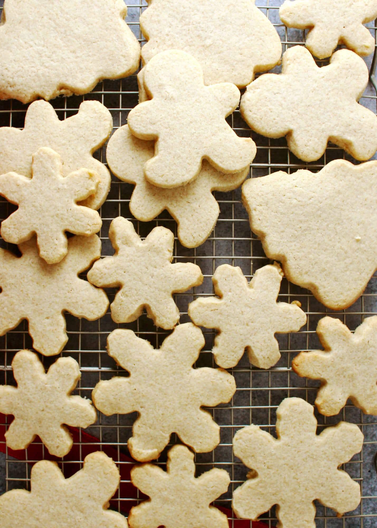 Basic-Sugar-Cookies-3.2