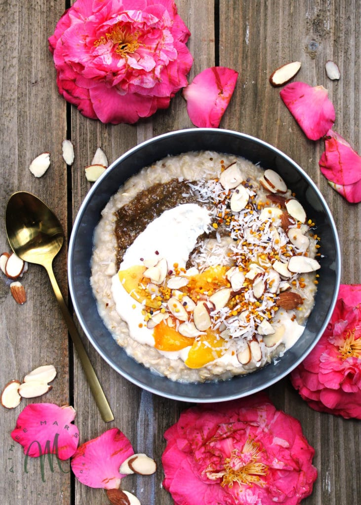 Honey Ricotta Oatmeal Parfait with Peach Chia Seed Jam is a slightly sweet slightly savory healthy breakfast option when you can't decide between the two | via aimeemars.com | #BreakfastParfait #OatmealParfait #PeachOatmeal