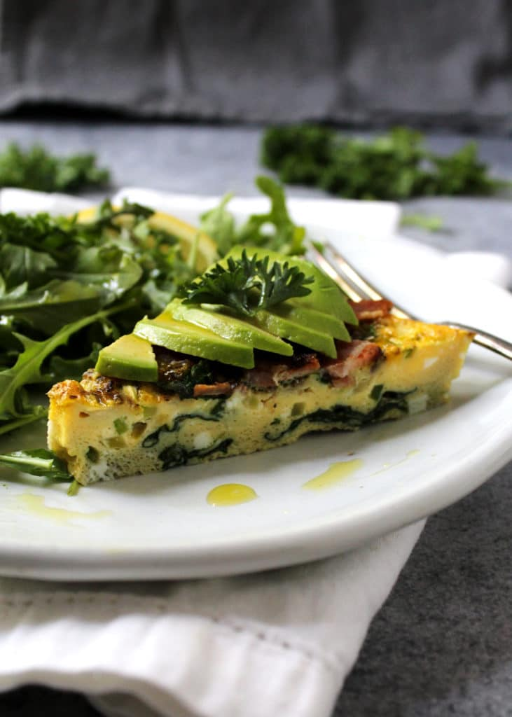 This Hollywood California Frittata is the perfect meal to enjoy while eating Paleo or Bulletproof, but also makes for the perfect brunch menu recipe   @AimeeMarsLiving   #CaliforniaFrittata #Paleo #Bulletproof #Frittata