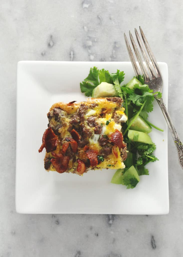 This Paleo Breakfast Casserole is perfect for meal prep as well as good for those times of the year when you need a healthy and easy breakfast | via @AimeeMarsLiving | #Paleo #BreakfastCasserole #Casserole #Egg
