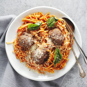 This recipe is a quick and easy dinner meal for when you're tired or want something easy and good that everyone will eat. Plus it's gluten free! | via @AimeeMarsLiving | #Spaghetti #Meatballs #GlutenFree
