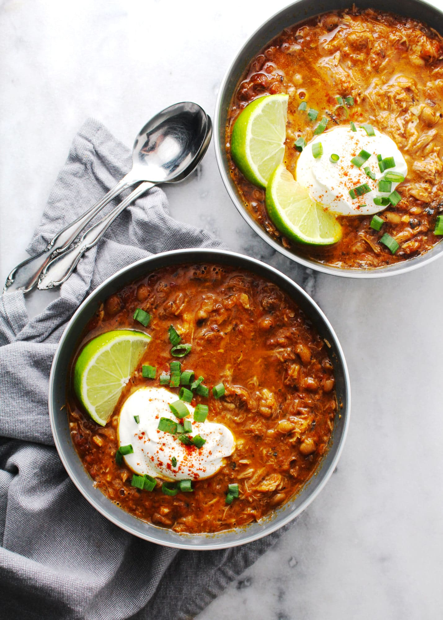 Southern Black Eyed Pea Chili in gray bowls