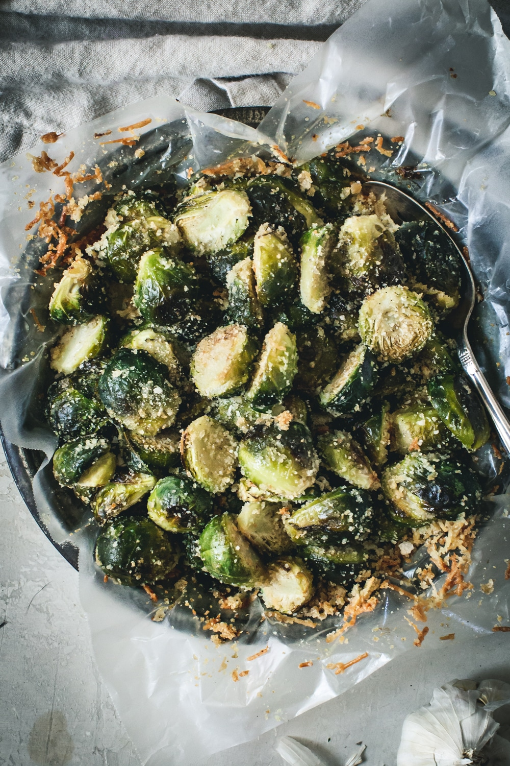 close up of parmesan roasted brussels sprouts