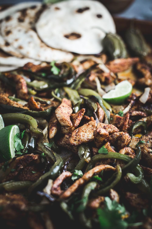 sheet pan salsa verde chicken fajitas