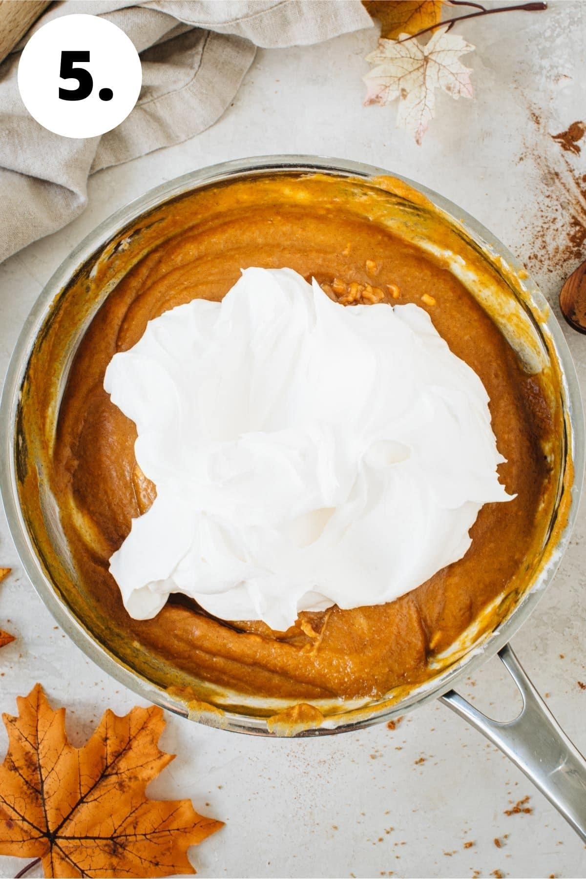 No-bake pumpkin pie process step 5.